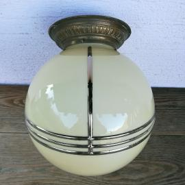 Velika steklena svetilka