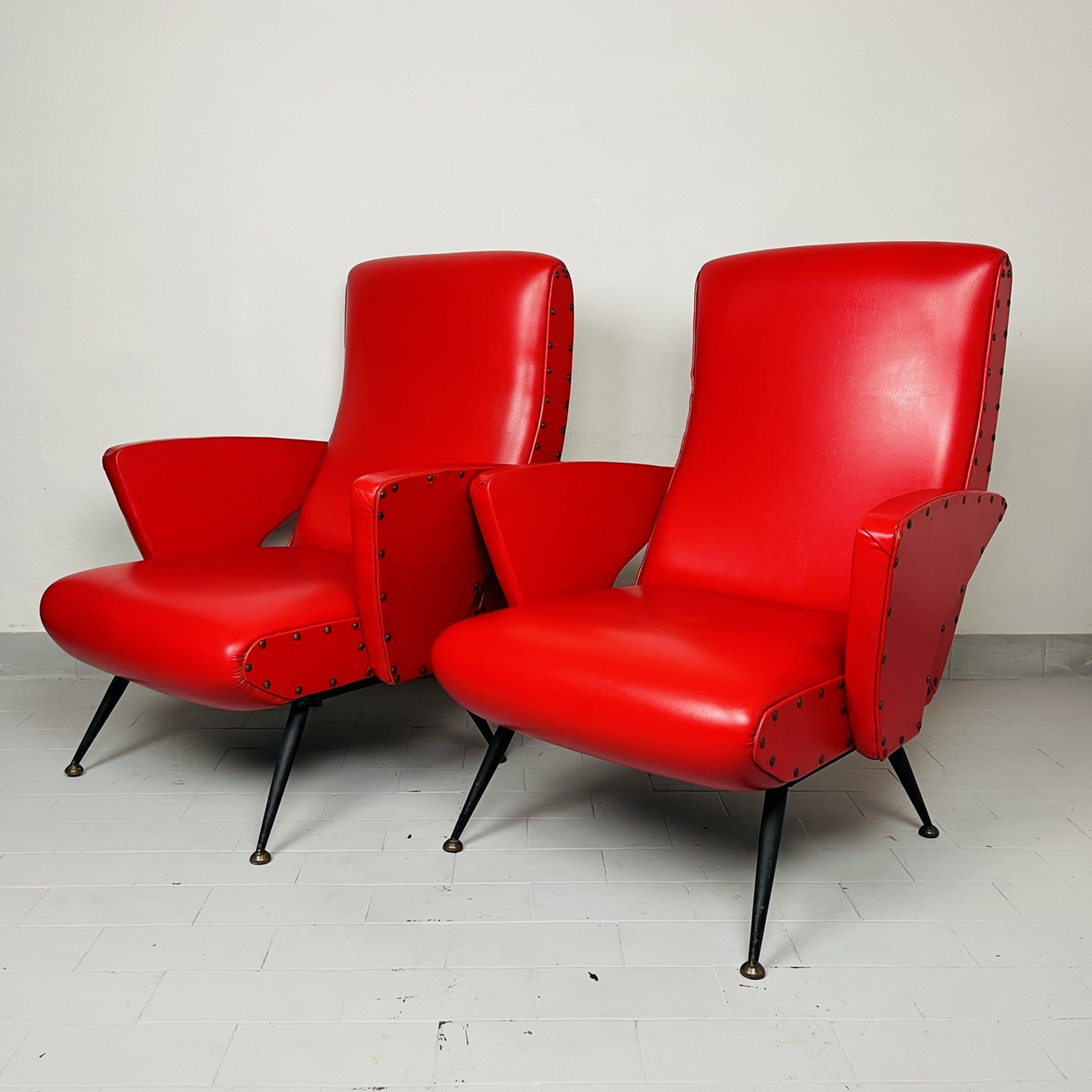 Set of 2 vintage red lounge chair Italy 1950s