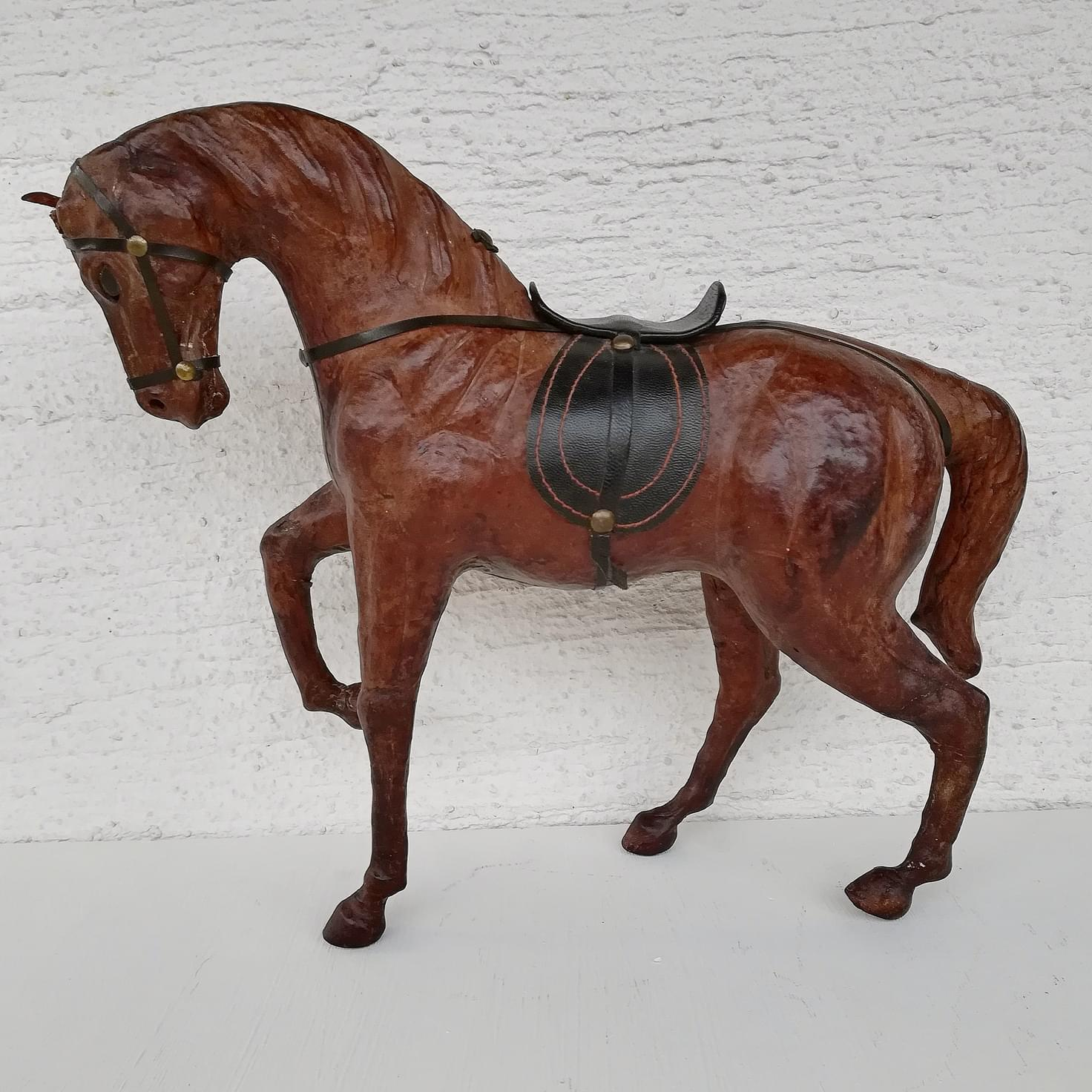 Leather horse (28 cm)