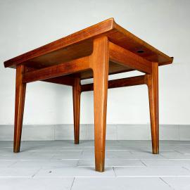 Mid-century Teak coffee table 'model 500' by Finn Juhl for France & Daverkosen, Denmark 1958 Vintage France and Søn