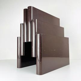 KARTELL brown magazine rack with 6 compartments by Giotto Stoppino for Kartell model 4675 Italy 1970s