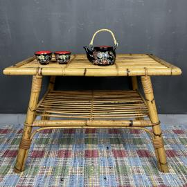 Vintage bamboo coffe table Italy 30s mid-century rattan table Bamboo side table Retro home decor