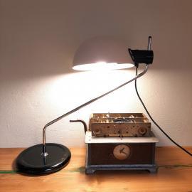 Mid Century Libellula Desk Lamp by Emilio Fabio Simion for Guzzini 1972 Modern white table lamp