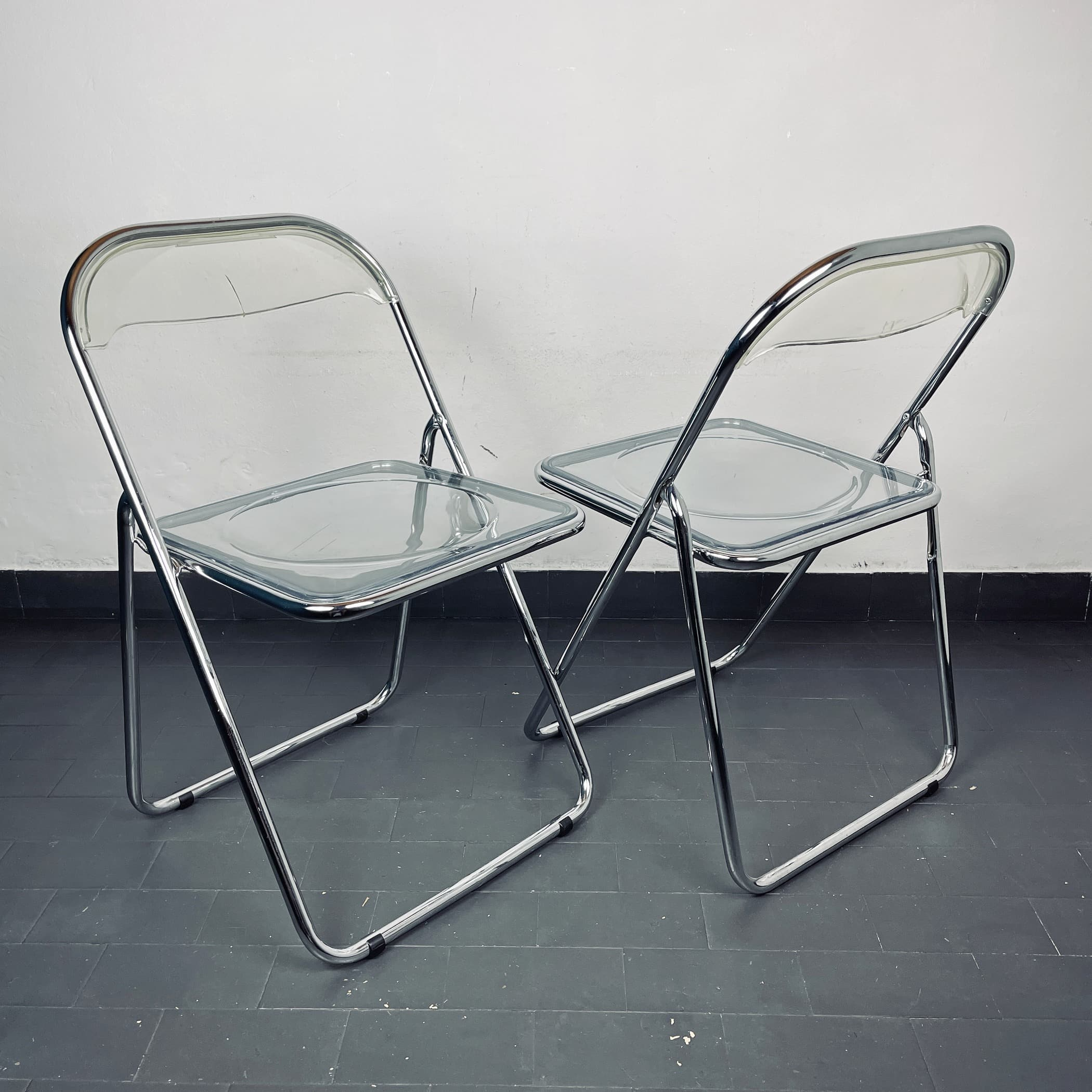 Pair of mid-century folding chairs Italy 1980s Italian modern Plia Design style Piretti Desk Chair diner chair