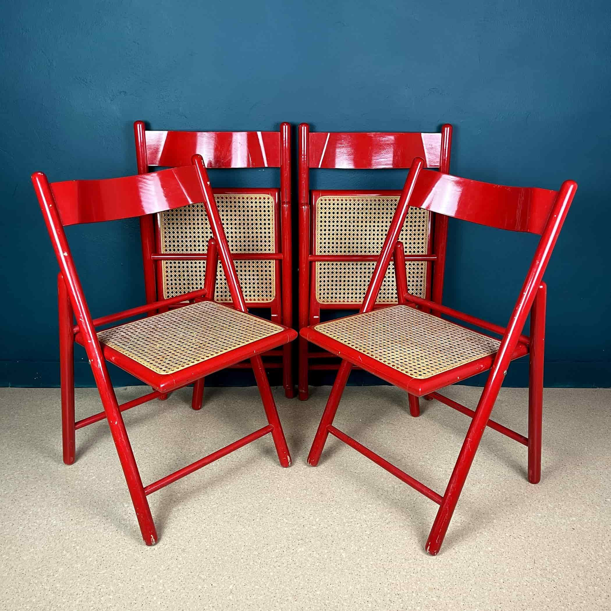 Set of 4 mid-century red folding dining chairs Italy 1980s Vintage italian furniture