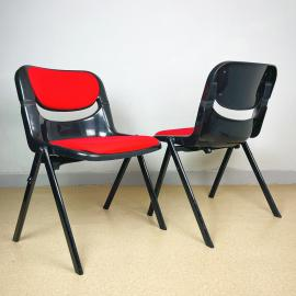 1 of 2 Mid-century office chair Dorsal by Emilio Ambas Giancarlo Piretti for Openark Italy 1980s