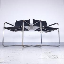 Bauhaus black chair