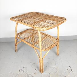 Čudovita retro mizica iz bambusa